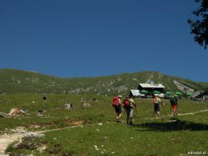 Planinska koča na Kofcah